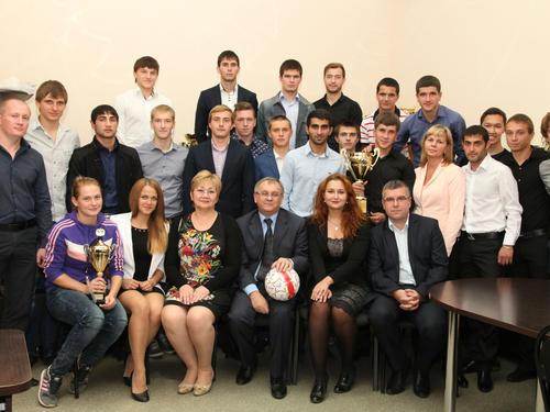 В СГУ состоялась встреча с лучшими спортсменами университета