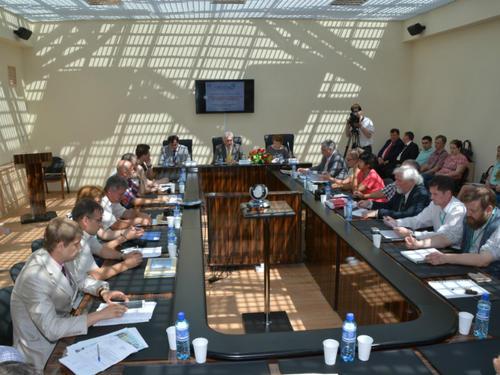 Священник принял участие в пленарном заседании международной конференции